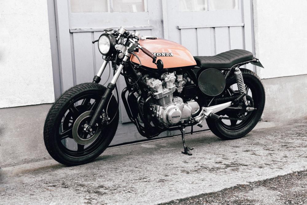 Custom Honda CB750 Cafe Racer Brat Racer