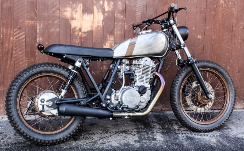 Yamaha SR500 Custom Tracker Motorrad Umbau Scrambler Umgebaute Yamaha SR500 Cafe Racer Tracker Scrambler